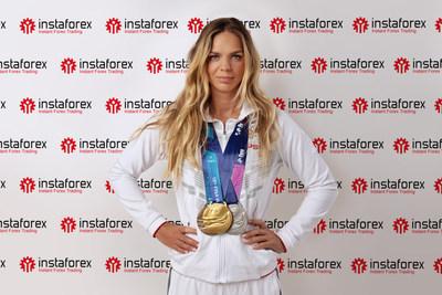 Six-time world swimming champion Yulia Efimova became an InstaForex brand ambassador (PRNewsfoto/InstaForex)