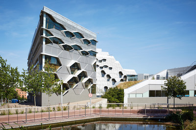 Coventry University (CNW Group/Schneider Electric Canada Inc.)